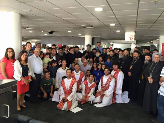 Coptic people in Melbourne receives Anba Moussa at the airport