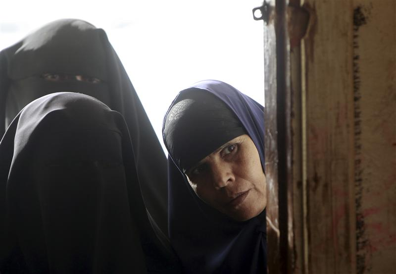 Cairo University bans face-veil for university hospitals' staff