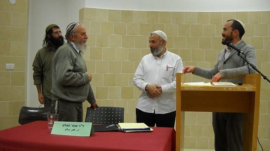 Egyptian Sheikh visits Jewish school and assures: it is time for coexistence