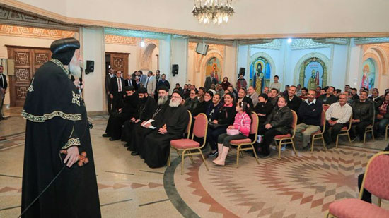 Pope Tawadros congratulates Patriarchal staff on the Day of the Epiphany