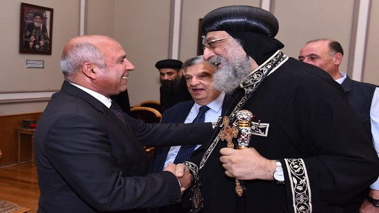 Minister of Transport visits Pope Tawadros at Papal Headquarters