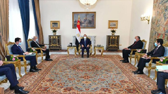 France wishes to increase cooperation with Egypt to counter extremism, French FM tells Sisi