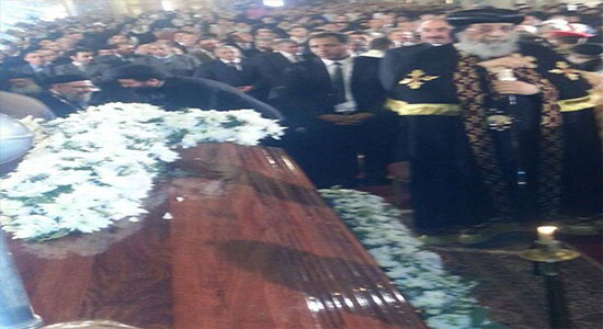 Pope Tawadros attends his mother's memorial service