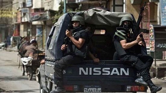 Egyptian officer killed while defusing bomb at church