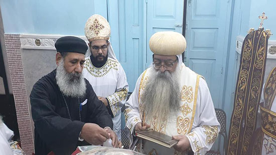 Bishop Takla inaugurates the holy vessels of Archangel Michael Church
